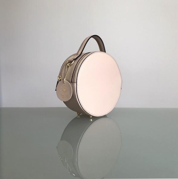 Circle Handbag von Batta in 2 Farben