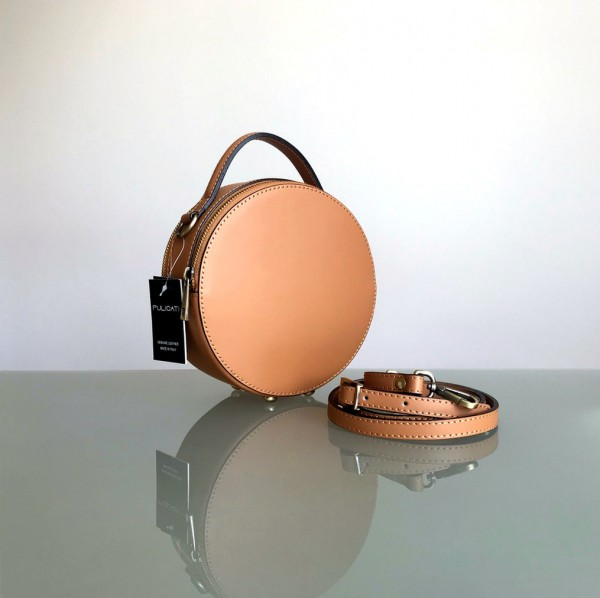 Circle Handbag in der Farbe camel (Pulicati)