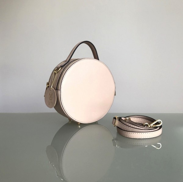Circle Handbag in der Farbe rosé (Batta)